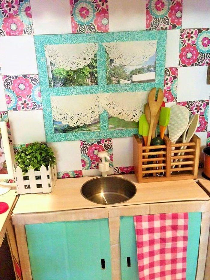 Cardboard play kitchen set 7